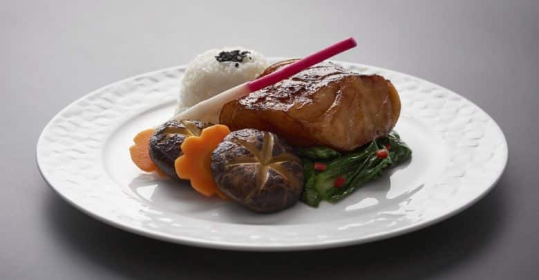 Qatar Airways unveils new on-board dining experience
