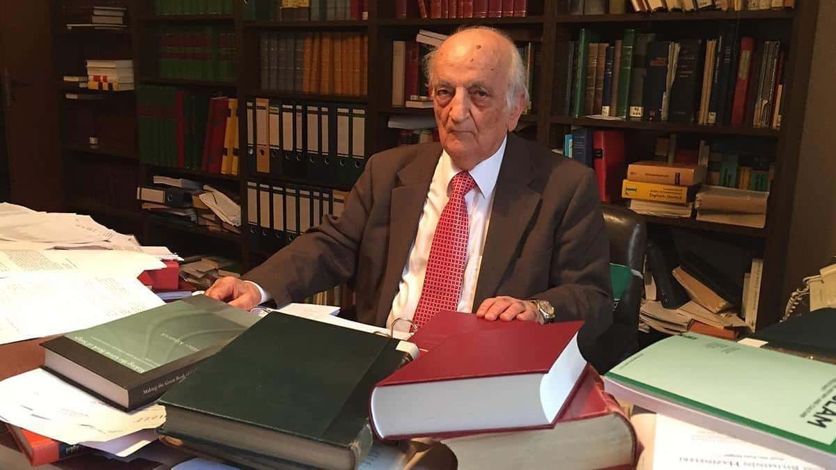 Distinguished historian Fuat Sezgin leaves a massive legacy behind