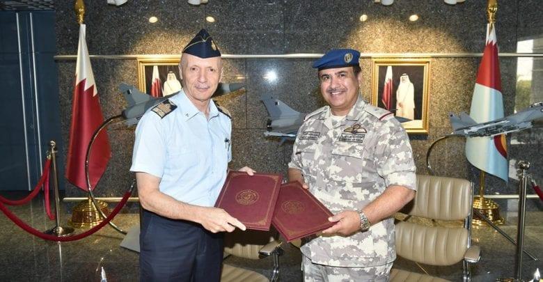 Amiri Air Force commander meets Italian counterpart