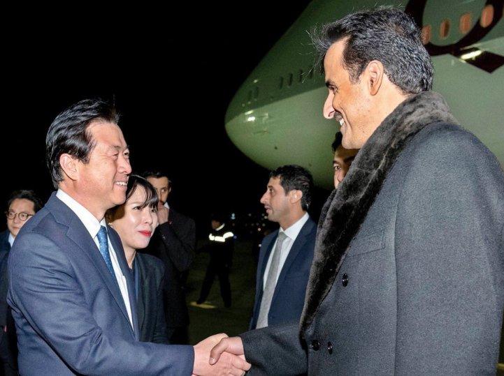 Amir arrives in Seoul