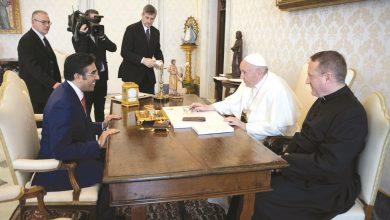 Al-Marri meets Pope, conveys the plight of blockade victims