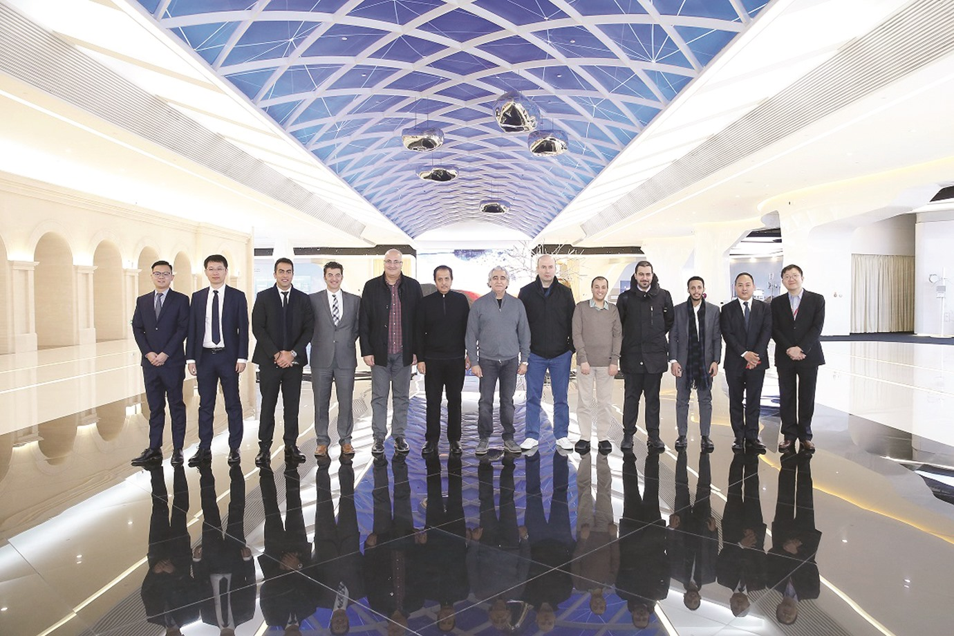 Qatari economic delegation visits Huawei headquarters in Beijing