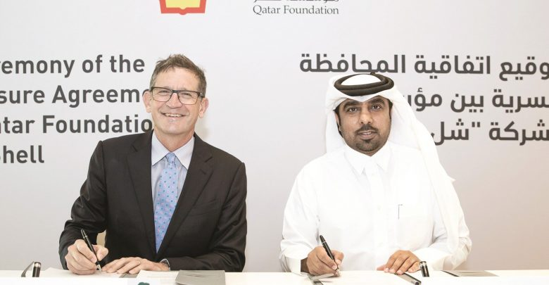 QF signs health and safety agreement with Qatar Shell