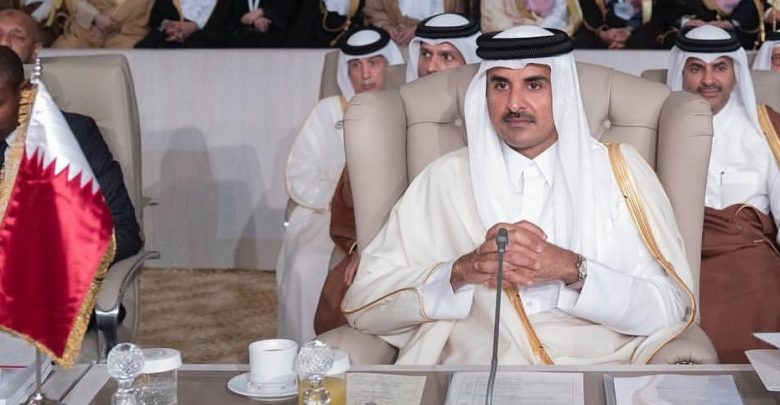 Amir attends the opening of the 30th Arab League Summit