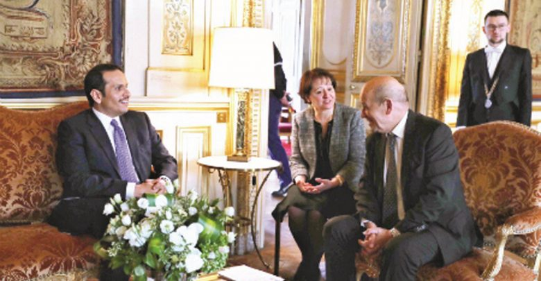 Foreign Minister meets French counterpart