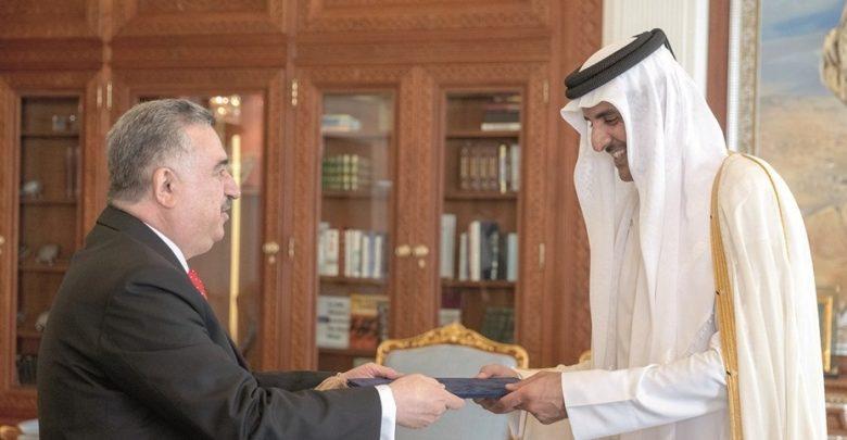 Amir receives credentials of Iraqi & Armenian envoys