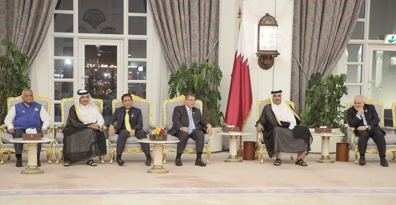 Amir meets participants of Asia Cooperation Dialogue meeting