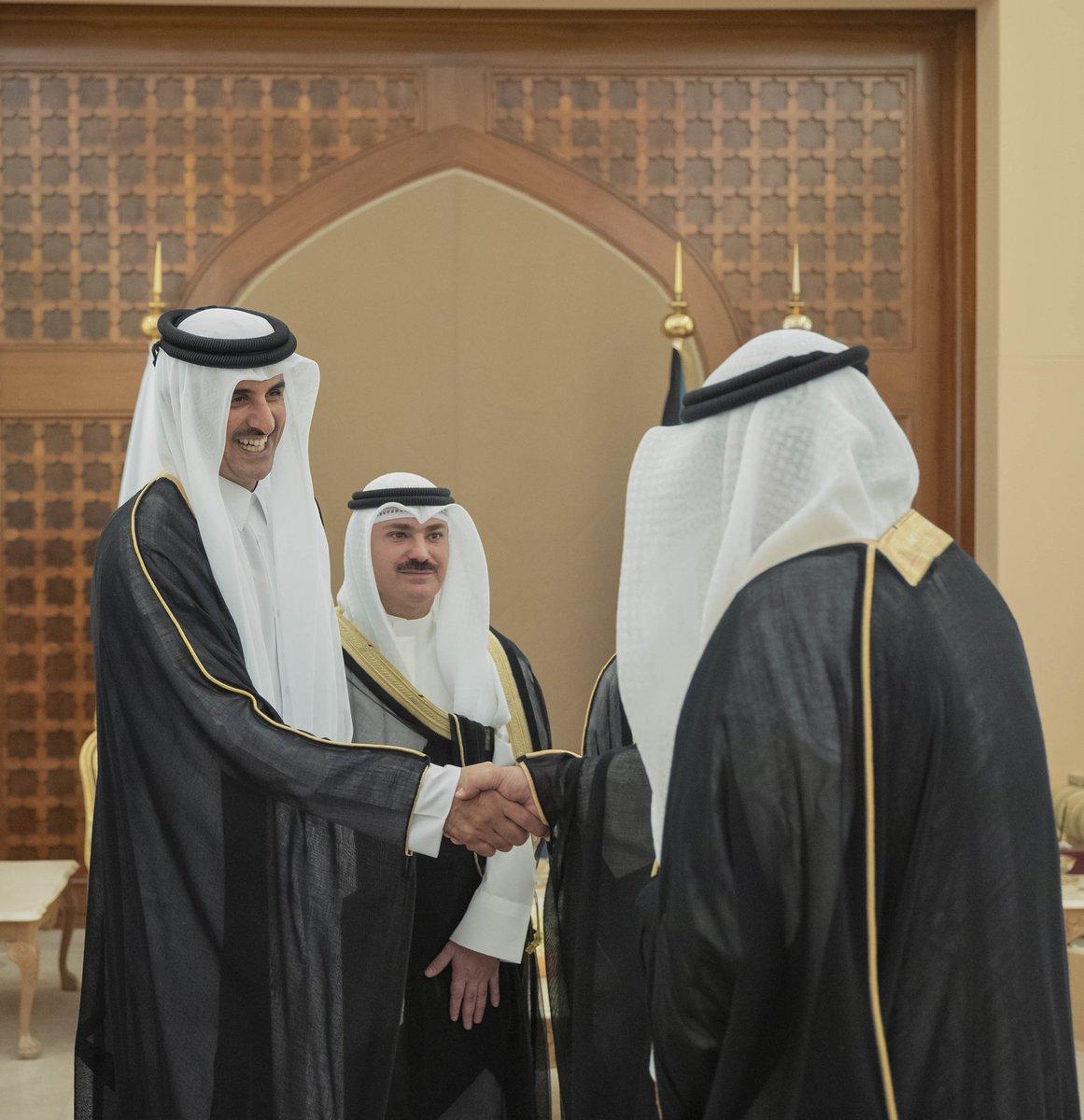 Amir arrives in Kuwait