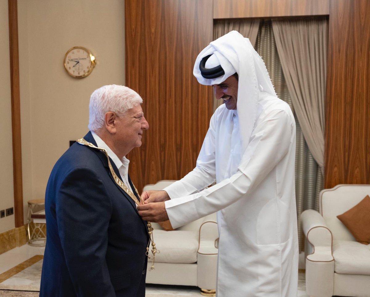 Amir awards Hamad bin Khalifa Sash to Dr Ibrahim Al Ibrahim