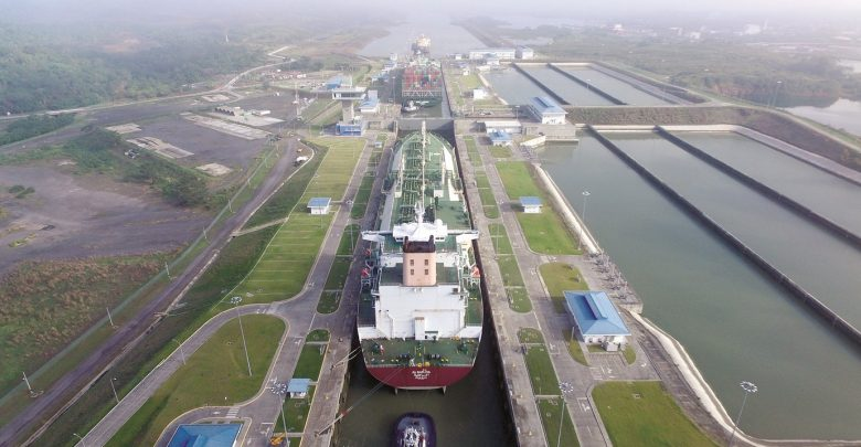 Qatargas sets world record with Q-Flex transit of Panama Canal