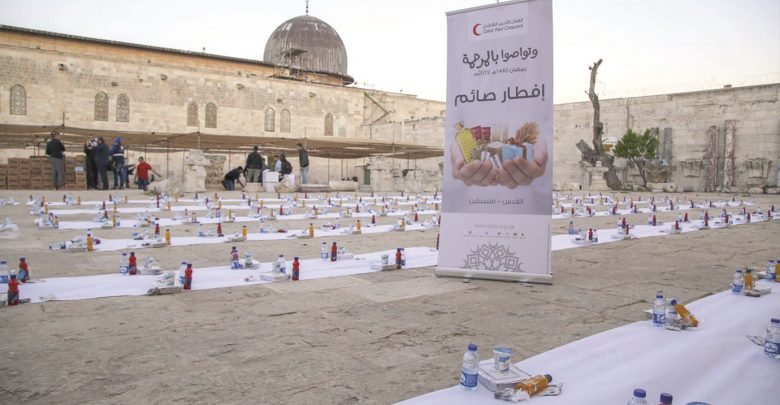 QRCS begins Iftar project for 22,000 persons in Al-Quds