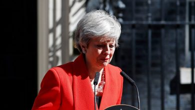 """Why did iron women cry? """"May"""" announces her resignation with tears"""
