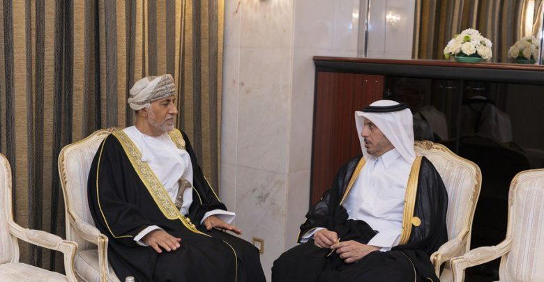 Prime Minister meets advisor to Sultan of Oman
