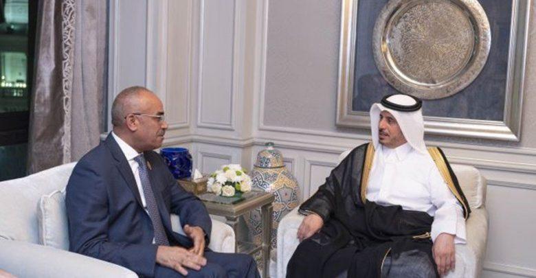 PM meets Algerian counterpart