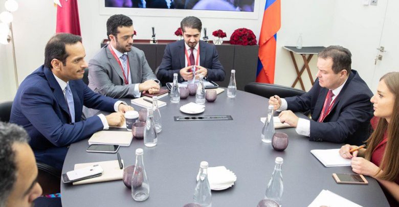 Qatar and Serbia review relations