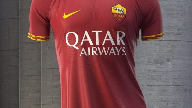 The new home kit of As Roma
