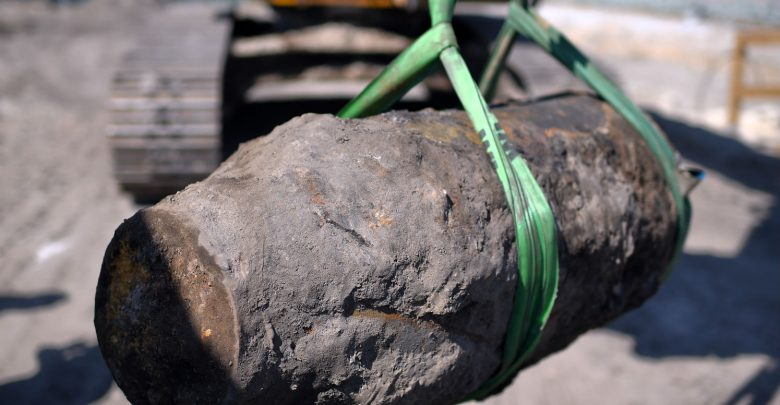 16,000 evacuated in Frankfurt to diffuse WWII bomb