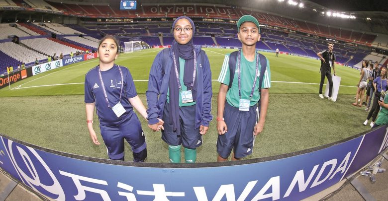 A youth delegation from QF at Women's World Cup in France