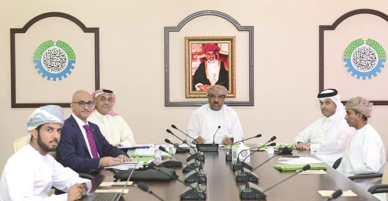 Qatar Chamber participates in GCC Commercial Arbitration Centre meeting in Oman