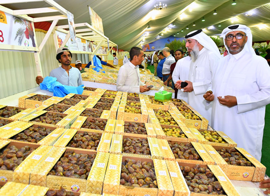 45 tons sold at dates festival .. number of visitors exceeded 15 thousand