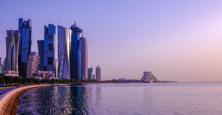 Daily campaigns to remove waste at Doha Corniche