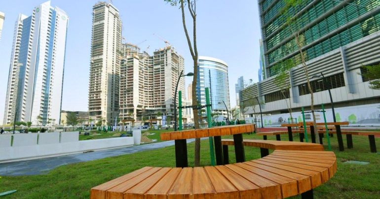 Al Abraj park opens for public