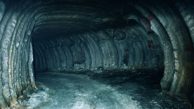 Why does the US hide oil in underground caves?