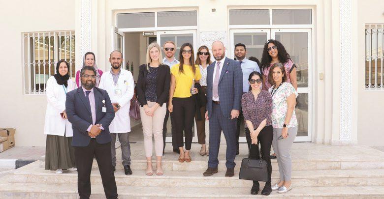 Australian Envoy visits HMC, embassy staff donates blood
