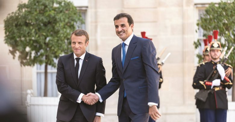 Amir, French President discuss strategic ties