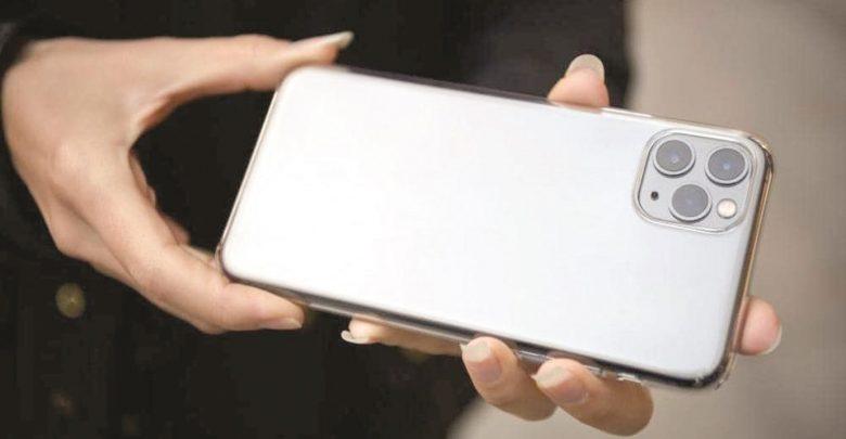 Apple warns iPhone 11 users against third-party display repairs