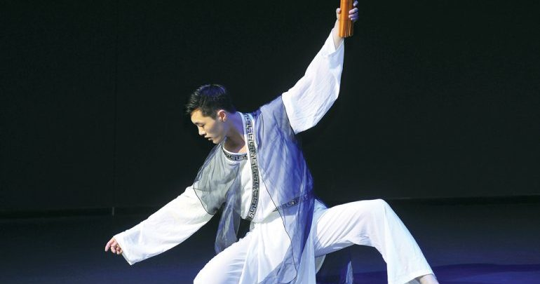 Chinese artistes enthral audience at NMoQ