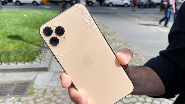 Did iPhone 11 fail in the fall test?