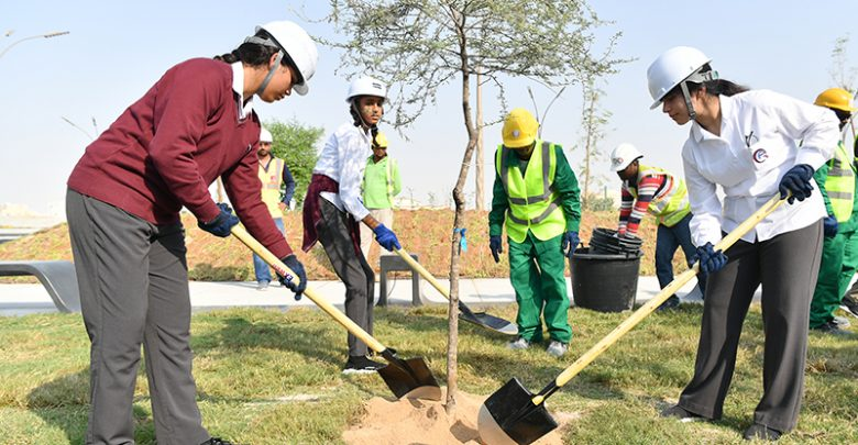 Qatar Academy-Doha Students' Participate in Planting Trees at Khalifa Avenue Project