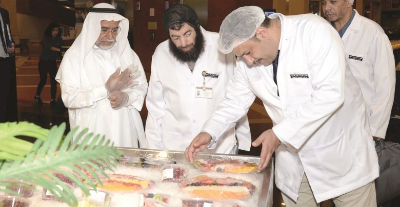 Major inspection campaign on food outlets at Katara, The Pearl-Qatar