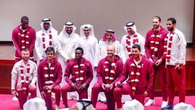 Photo of Qatar Olympic Committee felicitates silver-winning beach volleyball players