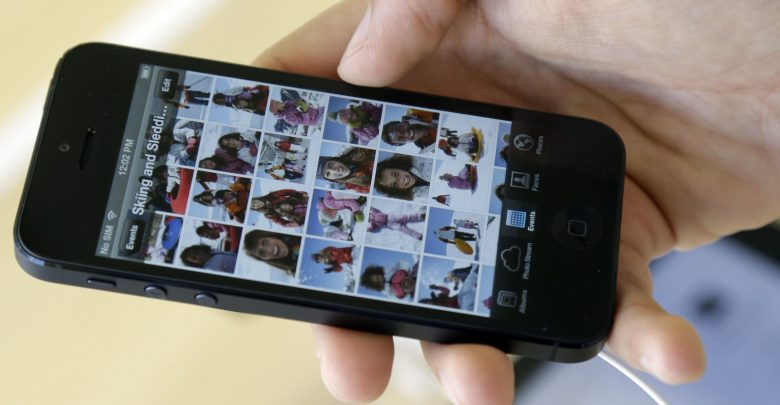 Apple warns iPhone 5 owners