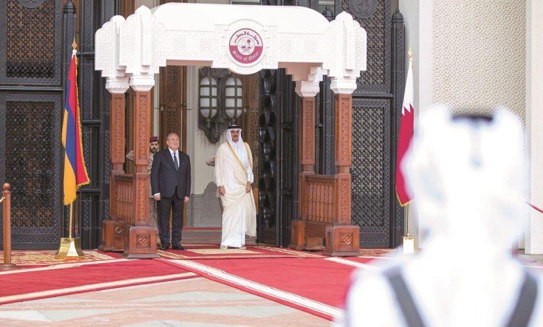 Amir, President of Armenia discuss bilateral ties