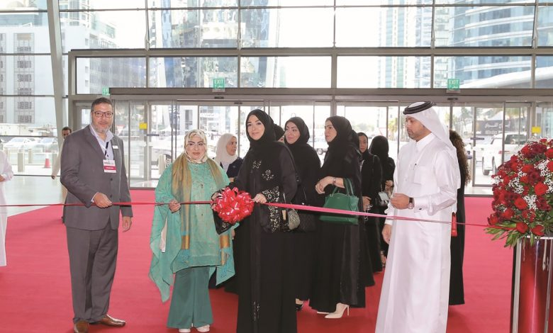 First International Perfumes and Cosmetics Fair opens