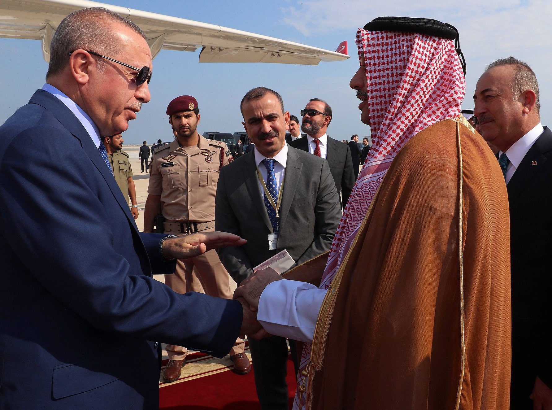 Amir receives Turkish President Recep Tayyip Erdogan at Amiri Diwan