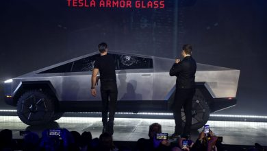 Photo of Real trouble .. Tesla's car test failed in front of the public and glass shattered