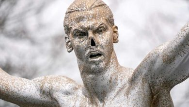 Photo of Vandals cut off nose of Zlatan Ibrahimovic's statue in Malmo
