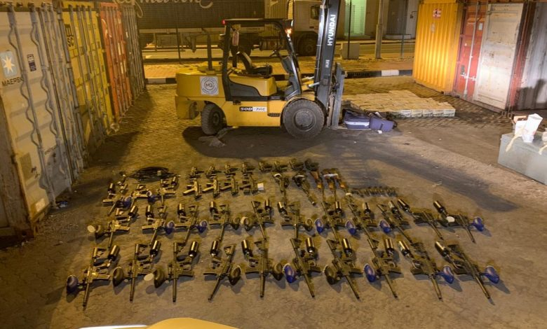 Customs issue clarification on 'seizure of weapons' at Hamad Port
