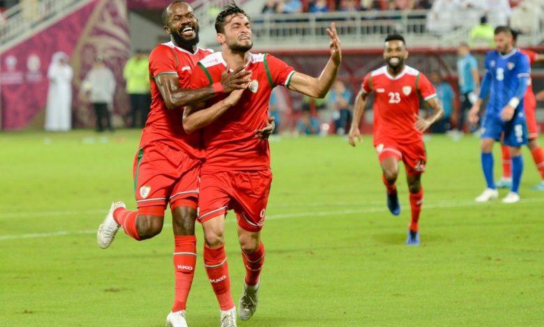 Oman beat Kuwait 2-1 to keep semi-final hopes alive