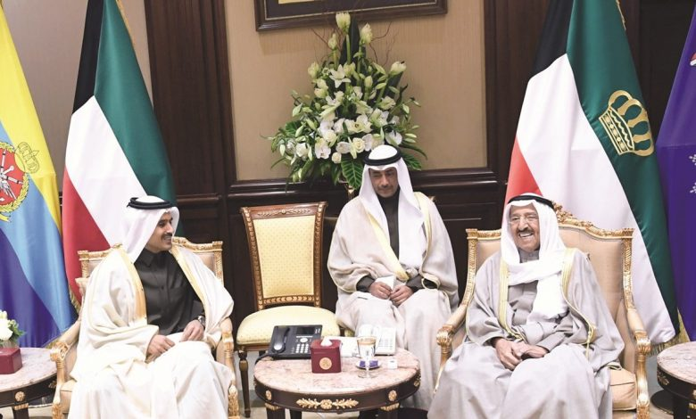 Kuwait Amir receives Minister of State for Energy Affairs