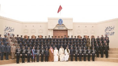 Photo of Amir honours outstanding graduates of Police College