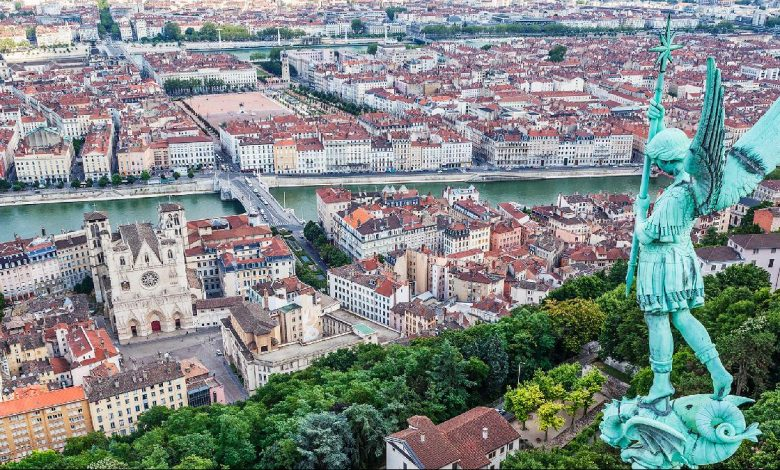 Qatar Airways launches five flights to Lyon, France