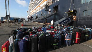 Photo of 44 Americans on cruise ship docked in Japan tested positive for coronavirus