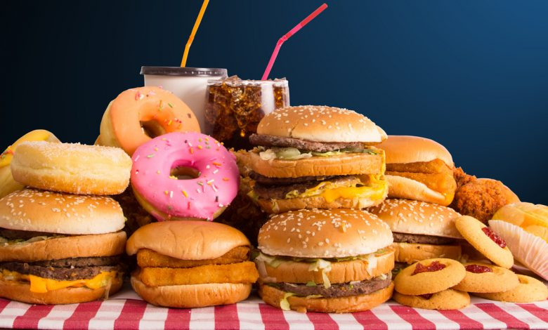 Junk food diet 'damages part of brain which affects self-control'