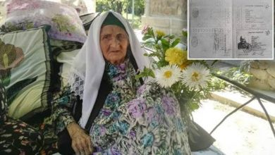 Photo of 'Oldest woman in the world' dies