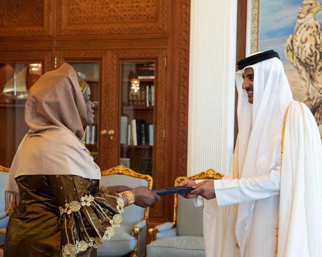 Amir receives credentials of new ambassadors